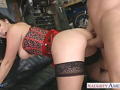 Amazing and voracious MILF Jayden Jaymes begs dude to light of one's life her doggy fixed