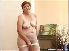 68 year old granny masturbates her sweet matured cunt