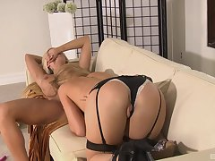 MILF lesbian pornstars Eden Adams and Brooklyn Lee fingering in heels