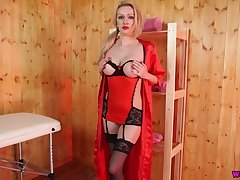 Blond hottie Amber Jayne looks fucking hot in stockings and red lingerie