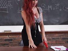 Super juggy teacher Faye Rampton is dildo shafting sex-starved cunt