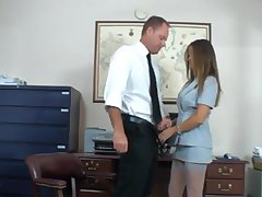 Mom secretary fucks her queen
