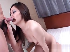 Slutty mom with obese clit coupled with vibrator