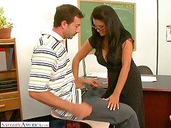 Slutty teacher Sophia Lomeli is fucking one be advantageous to their way favorite students