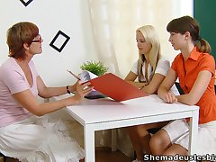 Ugly strict mature whorish tutor Lera joins girls for masturbation