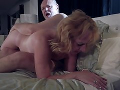 Erotic bonking video of an old clamp that loves to moan during sex