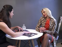 Incredible nympho Zara just loves teasing wet pussy on the kitchen cocktail lounge