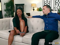 Ebony beauty soaks her face in a difficulty white man's load