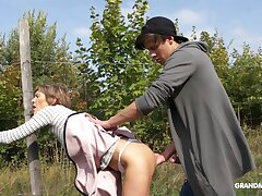 Amateur European GILF gets fucked by a pal outdoors